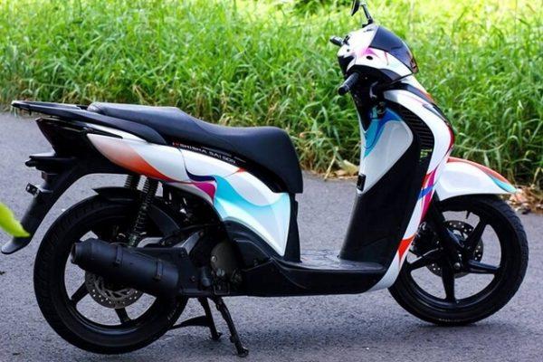 decal dán xe máy